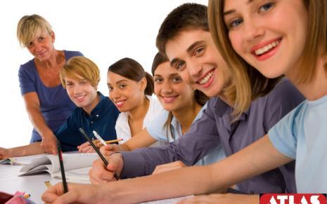"""В старших классах будут изучать """"Основы семейной жизни"""""""